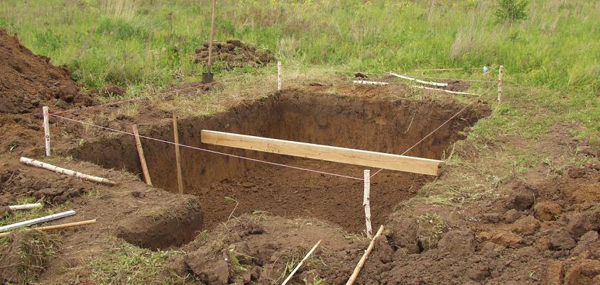 Земляные работы при строительстве землянки
